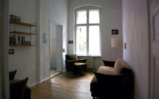 Bildergalerie sch ne altbauwohnung in kreuzberg wohnzimmer for Bildergalerie wohnzimmer